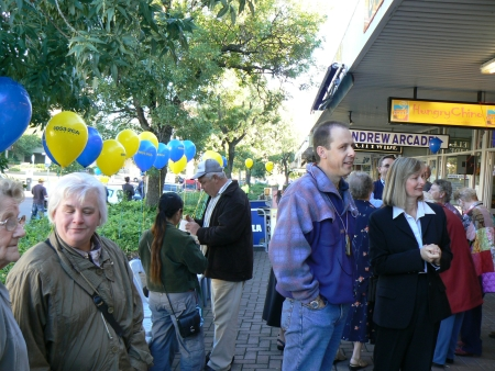 2CA's 75th Birthday: The crowd is building