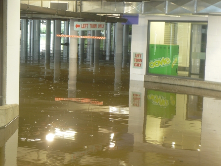 Queanbeyan Flood: Riverside Plaza