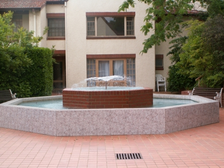 Olims Hotel Fountain