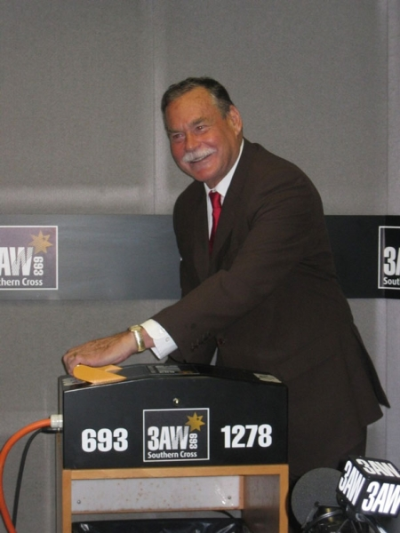 Ron Barassi flicks the switch to move 3AW from 1278kHz to 693kHz