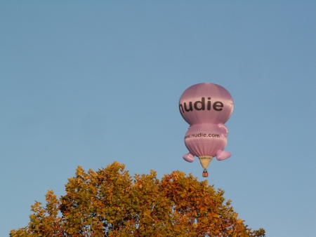 The nudie balloon at the 2006 Canberra Balloon Fiesta
