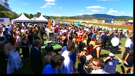 The crowd at the 2006 Black Opal