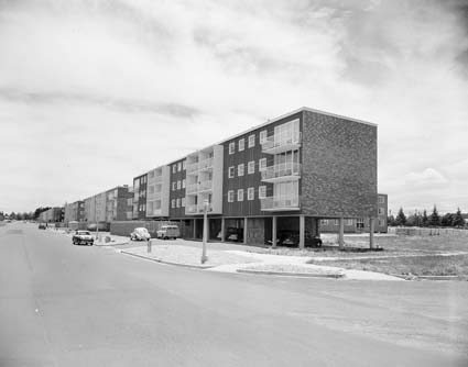 National Archives photo A1200/L30799, Flats at Braddon