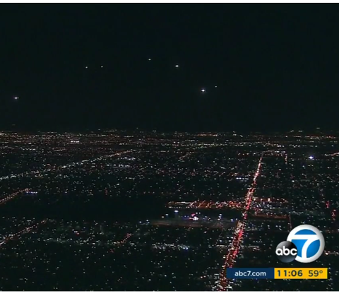 Odd light formation over Los Angeles, ABC7 News, November 6 2015